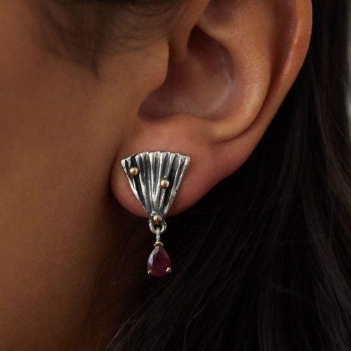 Dee-Ayles-Jewellery-London-Earring-Model-435
